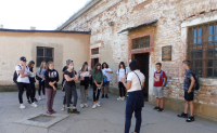 Žáci 9. tříd si v Terezíně připomněli oběti holocaustu